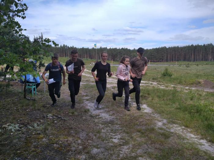 Учасники змагань з бігу