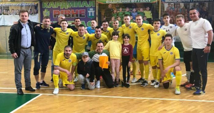«Кардинал-Рівнестандарт» переміг у першому чвертьфінальному матчіі