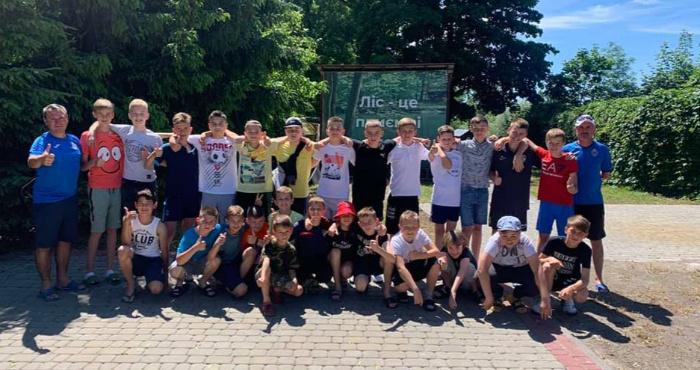 Вихованці ФК «Адреналін» проводять збори на Світязі