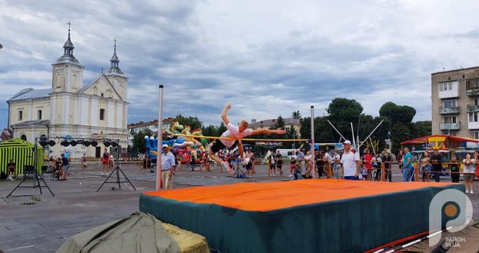 Всеукраїнський турнір зі стрибків у висоту «Володимирські висоти».