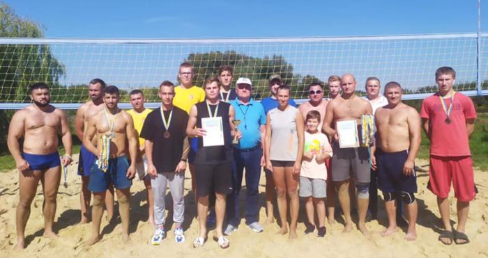 Ківерцівська команда волейболістів