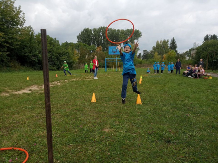 Лілія Фіськович відвідала шкільні змаганння в Заболотцях
