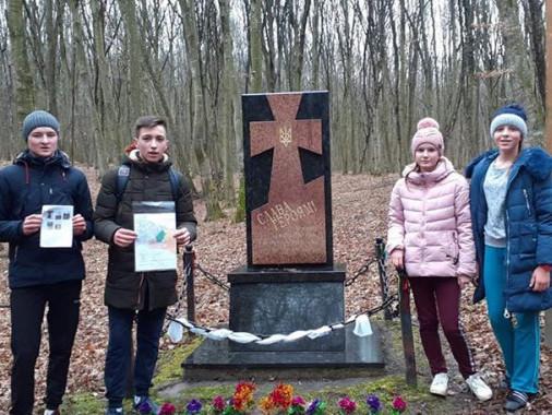 Жителі Маневиччини здобули призове місце наобласнихзмаганнях з пішого мандрівництва
