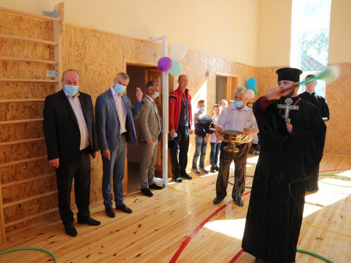 Відкриття спортзалу в загальноосвітній школі I-II ступенів у селі Крупа