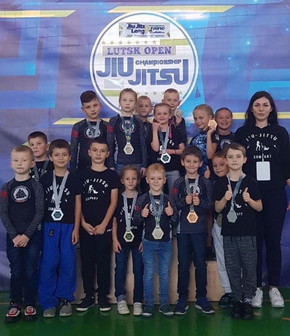 Олена Ліснічук із вихованцями