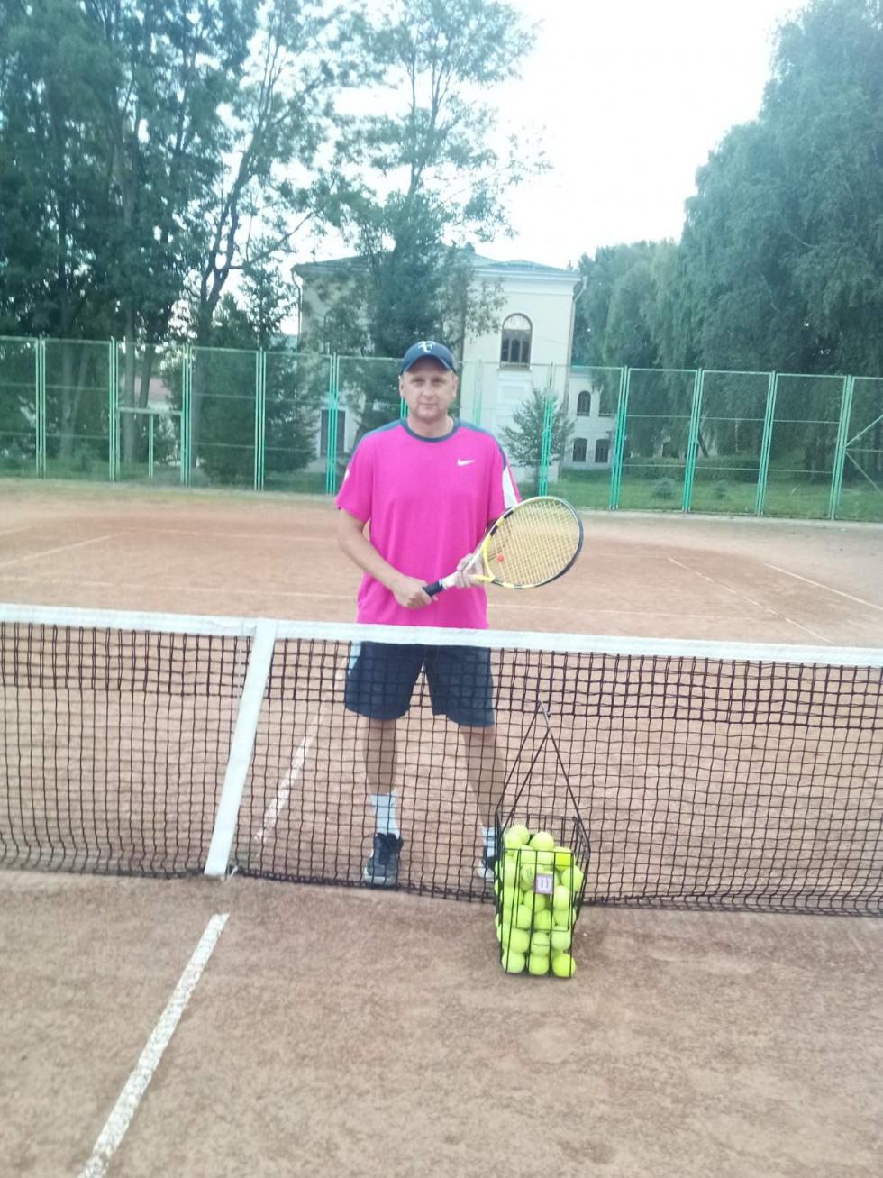 Теніс - захопленння Дмитра Білюка у вільний час